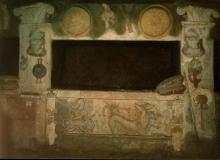 EtruscanTomb3