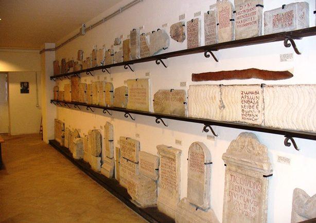 2-pont-ist-arch-cristiana-la-collezione-epigrafica-de-rossi1